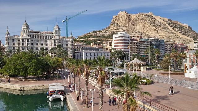 Castillo de Santa Bárbara y Benacantil de Alicante